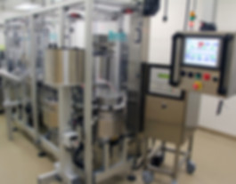 Versitrack Flexible System for Syringe Filling and Assembly