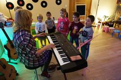 детские музыкальные занятия