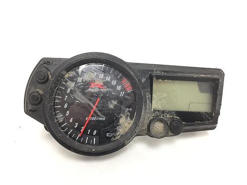 Suzuki 2004 2005 GSXR600 OEM MPH Speedometer Speedo Meter Gauge Instrument