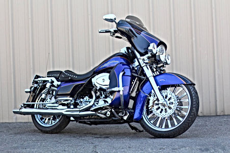 Harley Davidson CVO Electra Glide Screamin Eagle 103