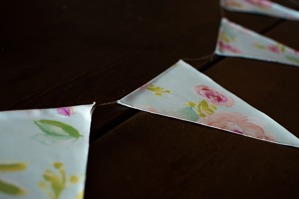 DIY No Sew Pennant Banner