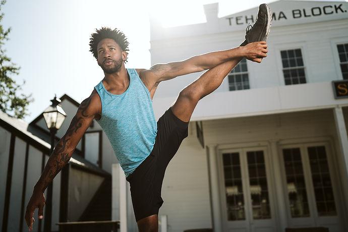 yoga-day-4329896_1920.jpg