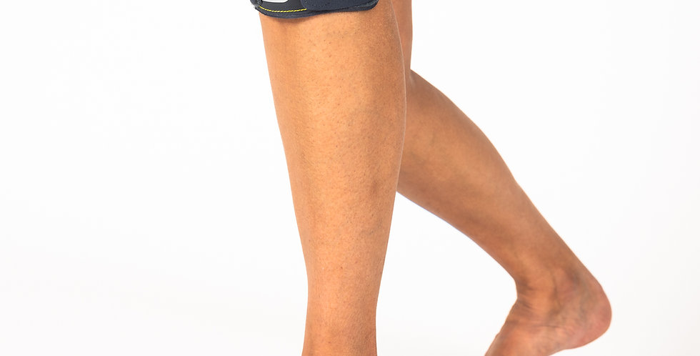 The Push Sports Patella Band knee strap on a slightly bent leg