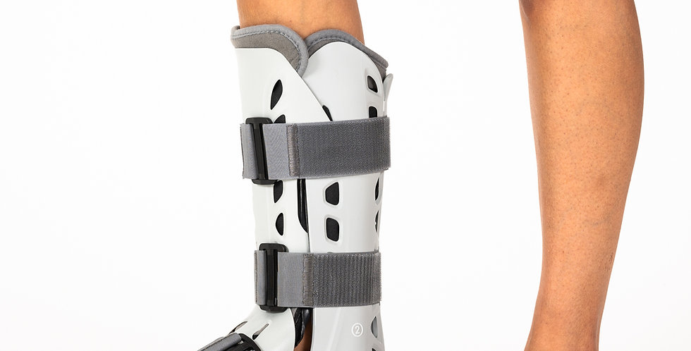 Close up of someone wearing an Aircast AirSelect Elite Walking boot that immobilizes fractures of the lower leg