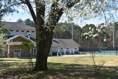 Court Yard at Sugar Creek Golf & Tennis Center