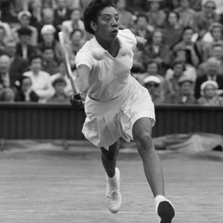Althea Gibson volley
