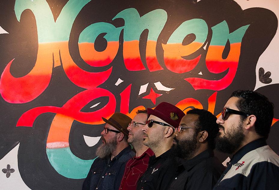 Money Chicha Band