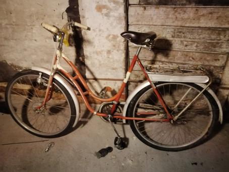 Lagersalg på vintage sykler.