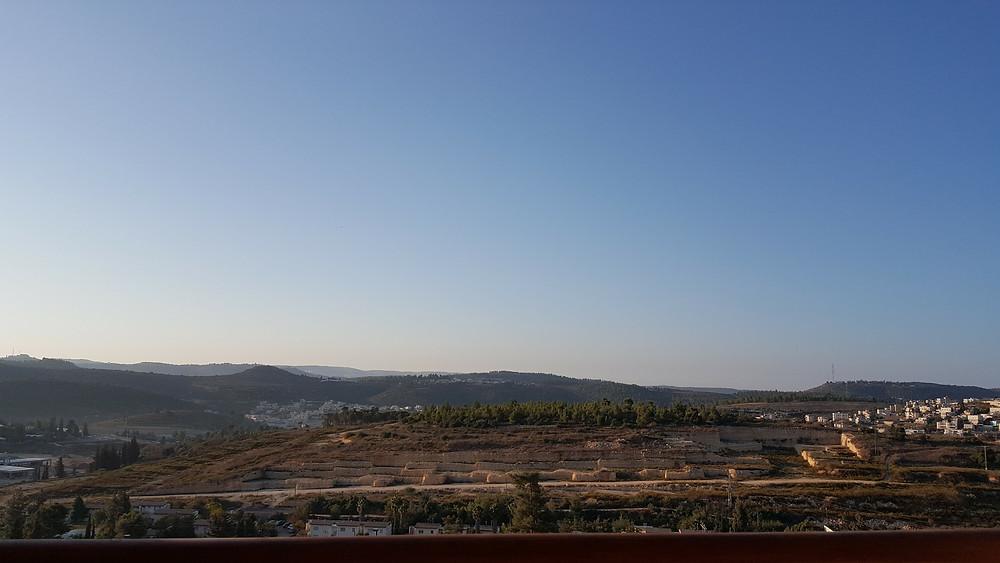 הנוף ממרפסת החדר מלון כרמים