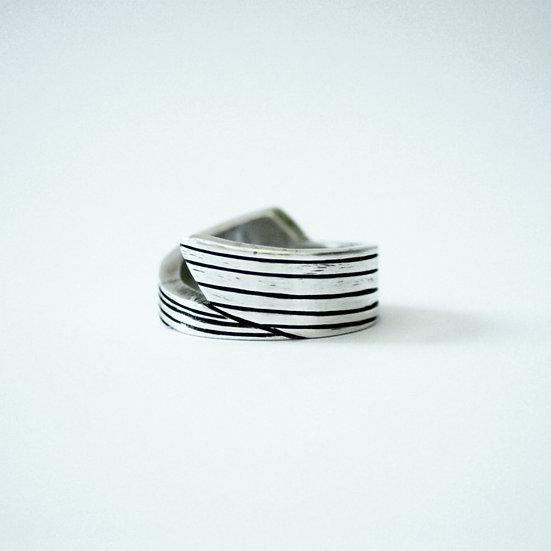 Chunky Vector Ring