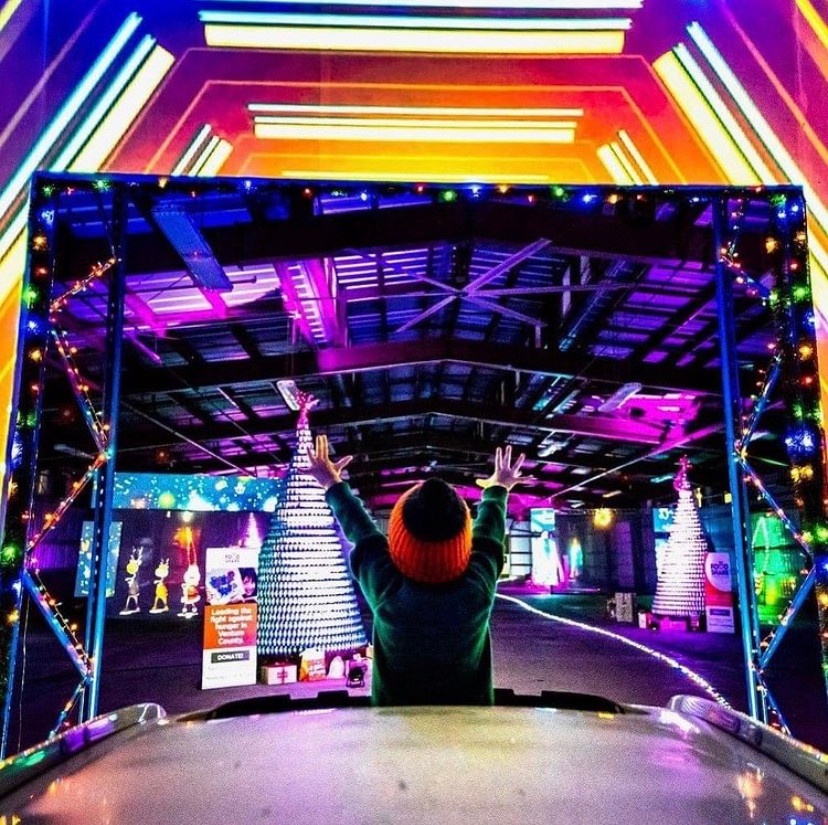 Holidays In your Car Drive-Thru Del Mar Christmas Lights Show Best Top Holiday Christmas events activities list guide for families kids are still happening in San Diego December 2020 what to do this year