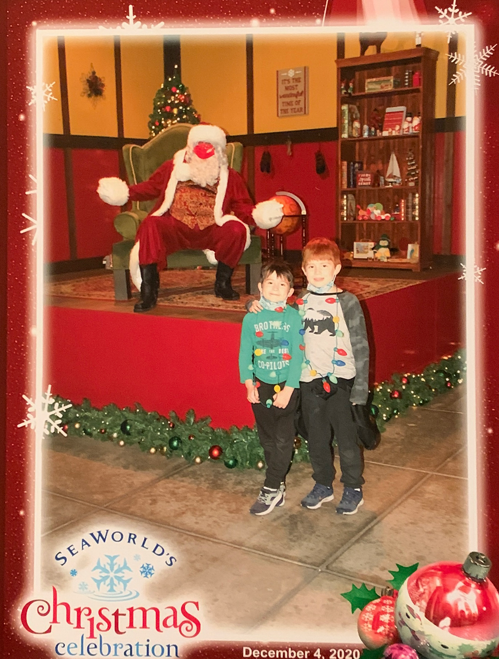 Santa Photos in San Diego that are still open during the stay at home orders