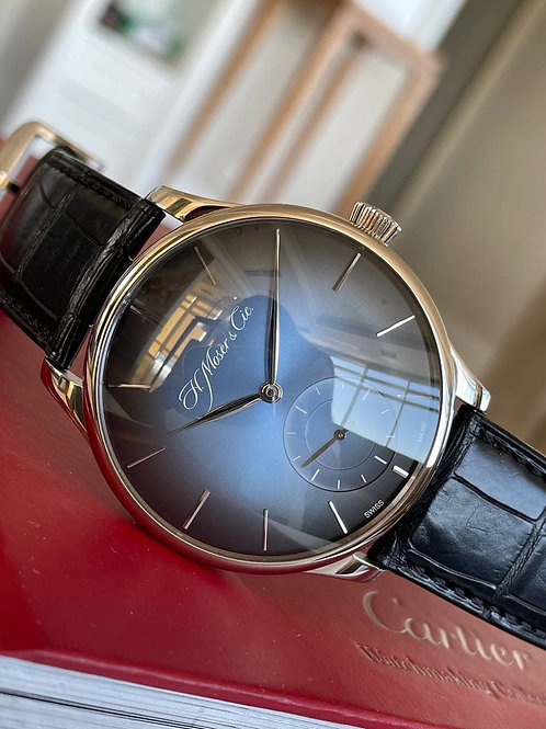 H. Moser & Cie.  Ref  2327-0203 with papers