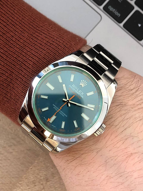 Rolex  Ref 116400GV with papers