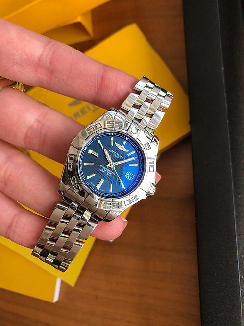 Breitling  Ref A71356 with papers