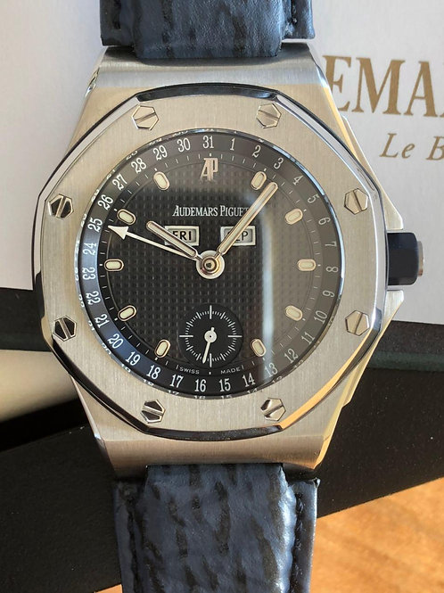 Audemars Piguet  Ref 25808 with papers