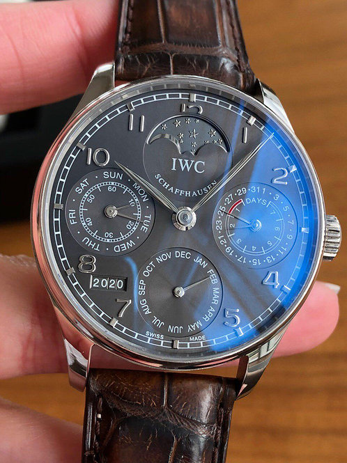 Iwc Schaffhausen Ref IW502307 white gold