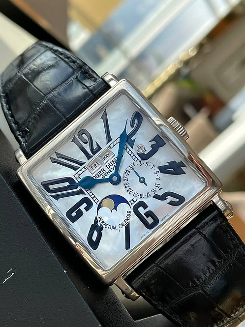 Roger Dubuis  Ref G40 1439 0 NP1.6A