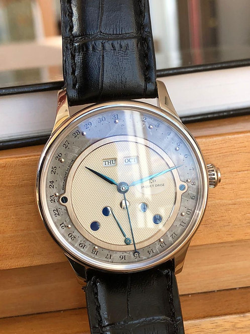 Jaquet Droz   Ref J014013216 white gold with  papers