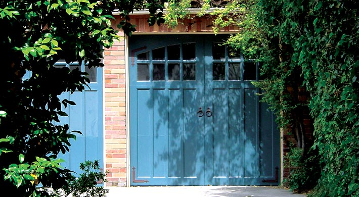 Carriage_House_Door_069