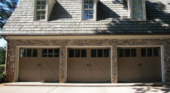 Carriage_House_Door_065