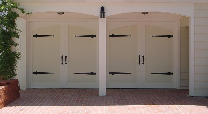 Carriage_House_Door_017