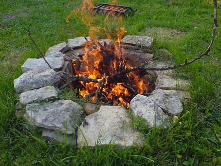 How to Build a DIY Fire Pit in One Day