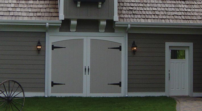 Carriage_House_Door_057
