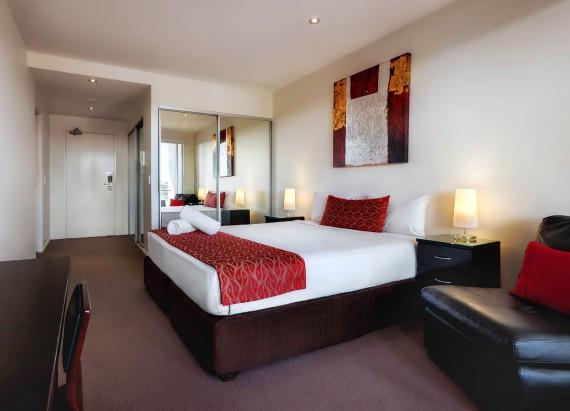 Hotel_Q.jpg