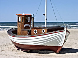 fishing_boat_denmark_beach_sea_north_sea
