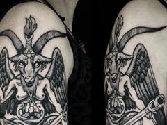 Satan on tank