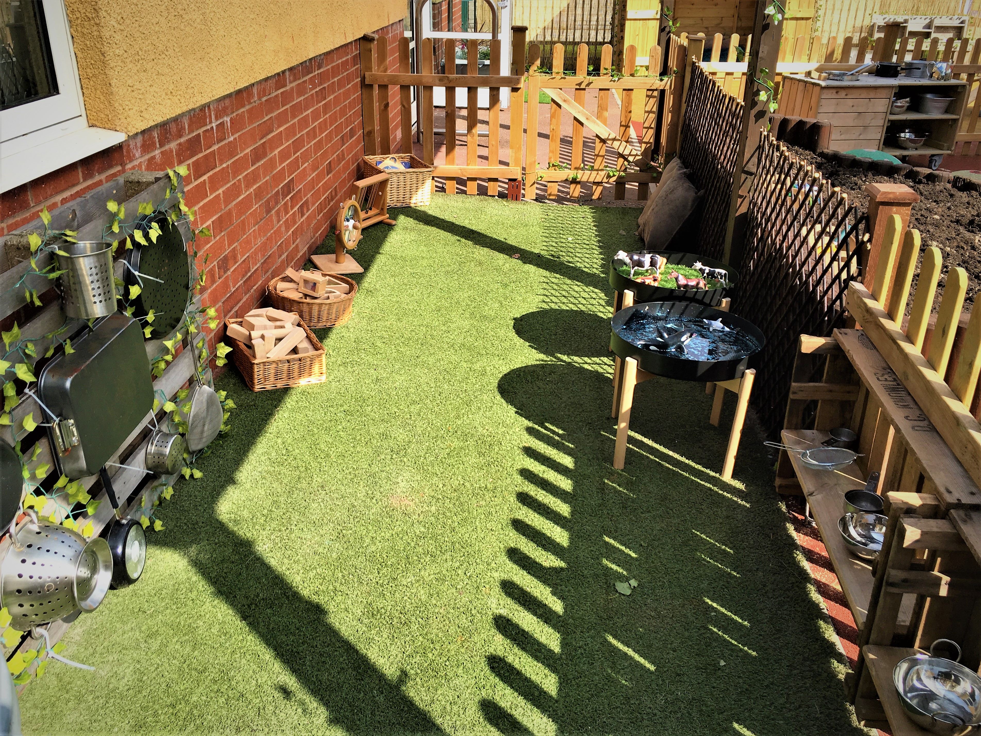 Rosedene Hemlington - Outdoor Area