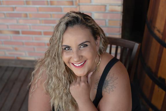 Alinne - Ensaio Feminino