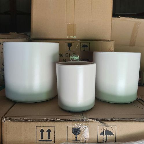 010 - Matte Ceramic Pot