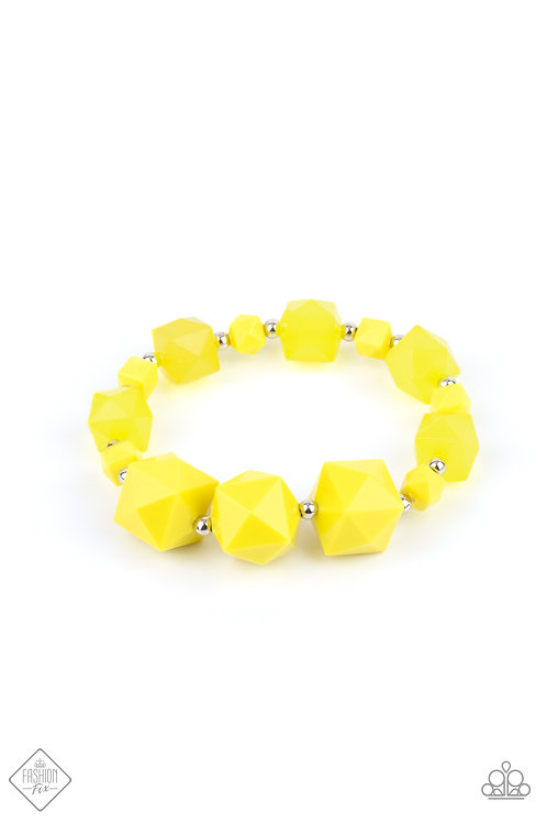Trendsetting Tourist - Yellow