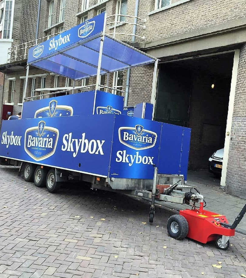 Multi-Mover XL35 Towing Drinks Trailer