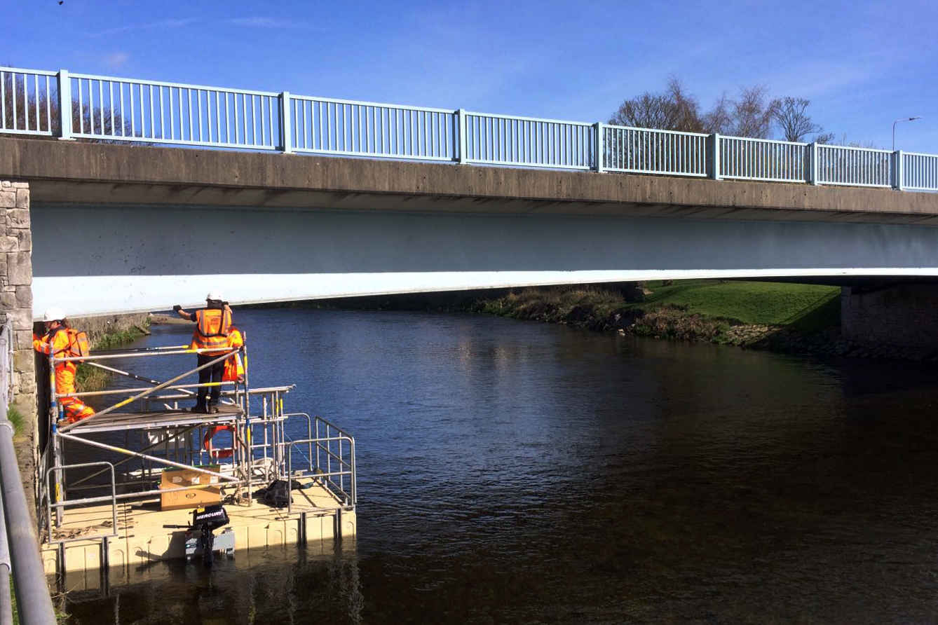 COMMERCIAL PONTOON HIRE SCAFFOLDING