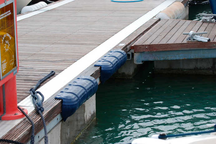 INMARE DOCK FENDER FOR MOORINGS