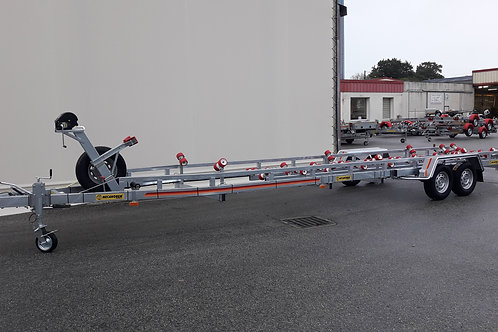 MTX2802F Twin Axle Boat Trailer (3500kg Plated Weight)