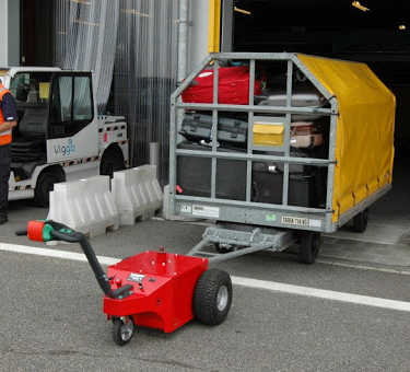 Multi-Mover XL50 Towing Airport Trailer