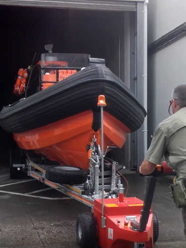 Multi-Mover XL50 Towing Boat