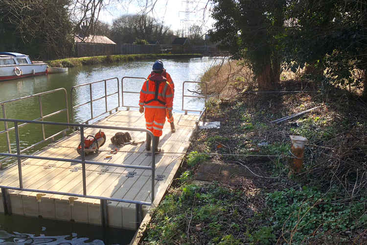 COMMERCIAL PONTOON HIRE BANK CLEARANCE