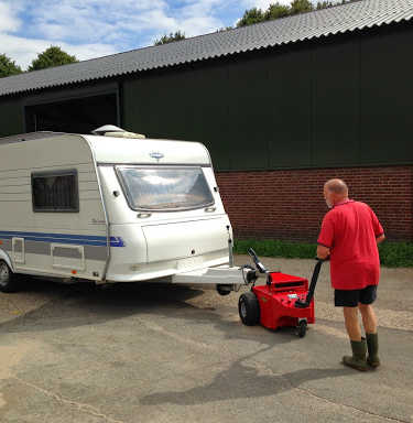 Multi-Mover XL35 Towing Caravan