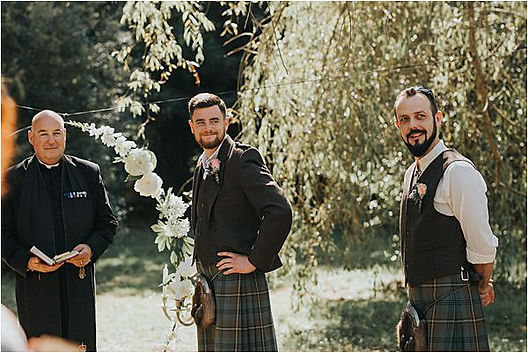 Groom-waiting-for-the-bride-at-Scottish-