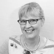 Marianne-Lauritzen-Receptionist.jpg