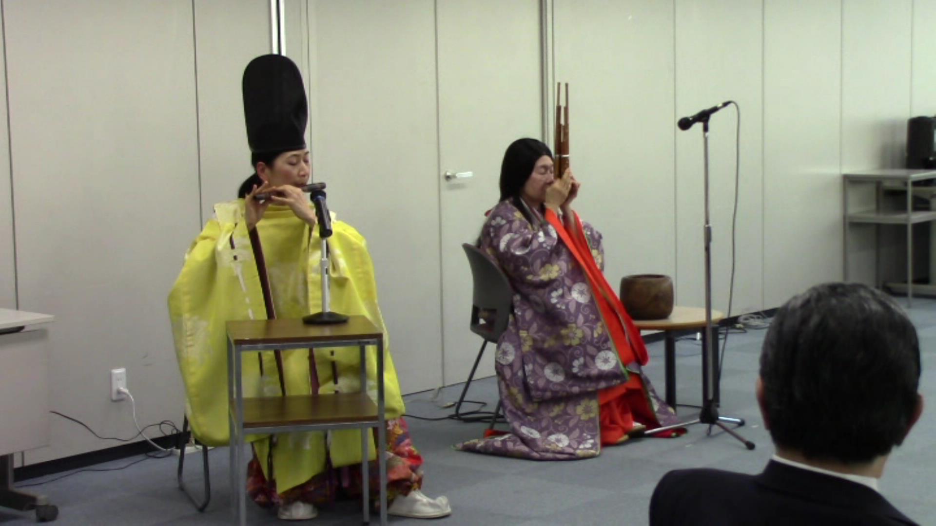東儀九十九さんの笙、雅美さんの龍笛