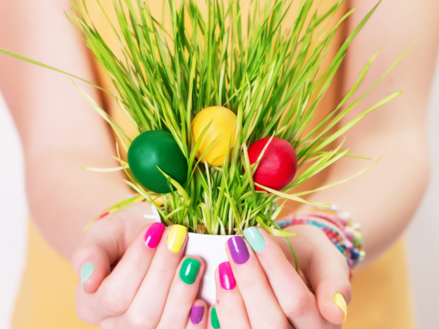 Easter Nails.jpg