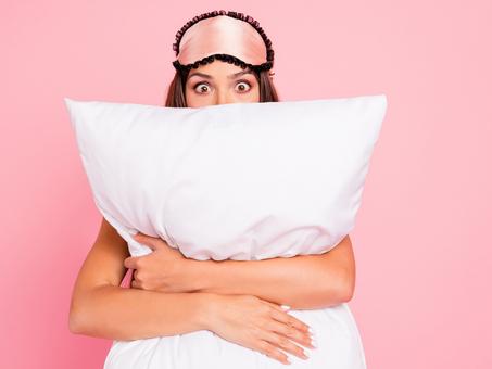 Dificuldades para dormir na quarentena? A alimentação pode ajudar