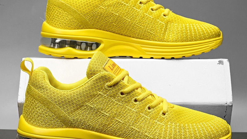 Men's Sneakers Fashion Knitted  Breathable Running Shoes Wear-Resistant