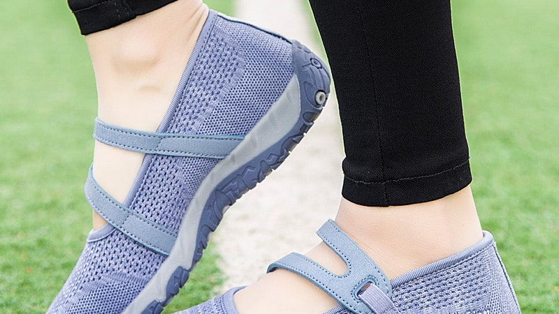 Women Flats Shoes Summer Mesh breathable Sneakers Loafers Lady Soft Walking